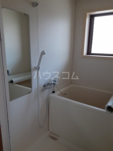 FLAT DOZE 203号室の風呂