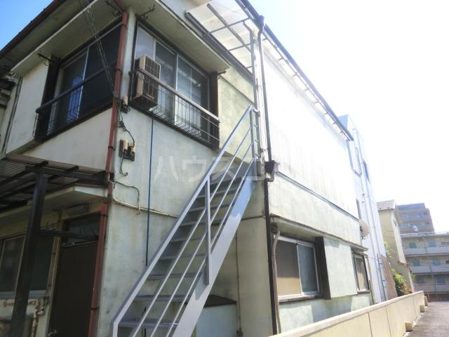 大島アパート 201号室のエントランス