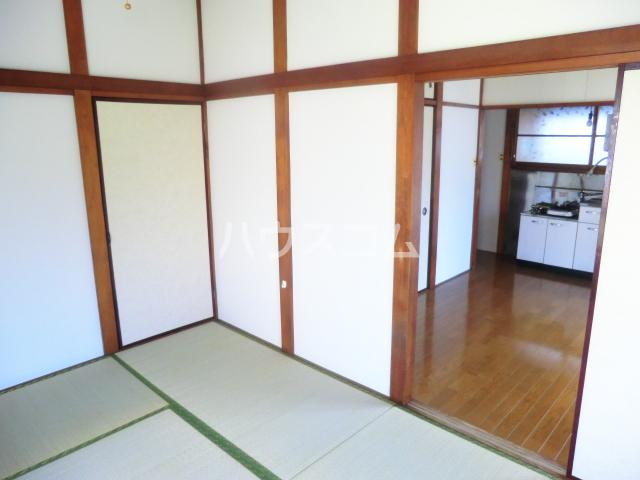 大島アパート 201号室のベッドルーム