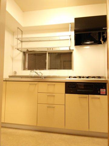 紀州屋ビル 3F号室のキッチン