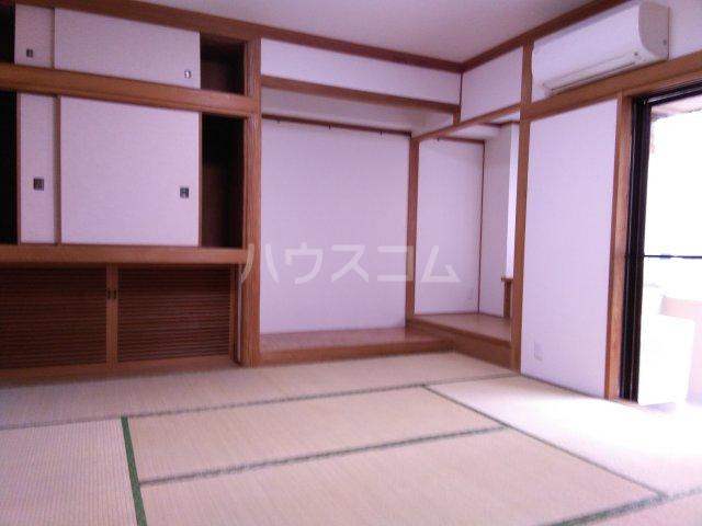 紀州屋ビル 3F号室の居室