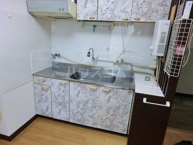 セントラルビル 405号室のキッチン