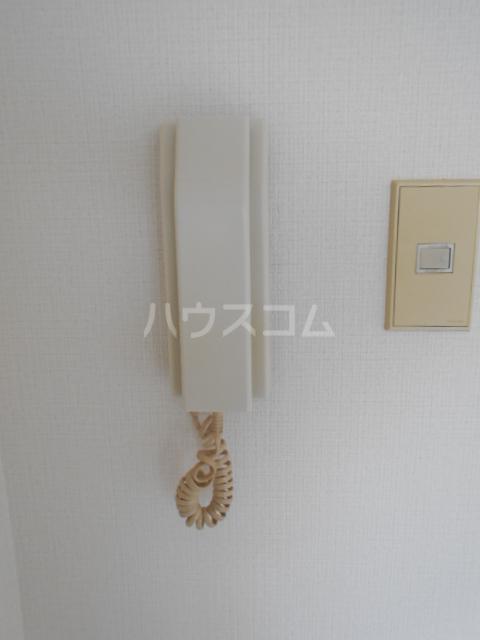 リーマ西台クレスト 502号室の玄関