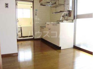 日辰マンション 403号室のキッチン