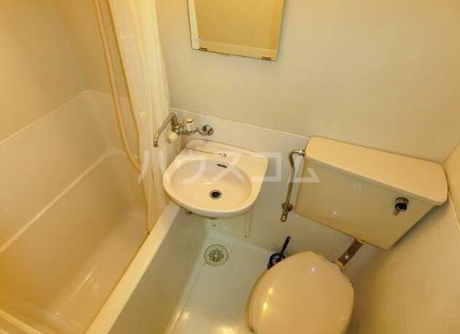 神田ホームズ 102号室の風呂
