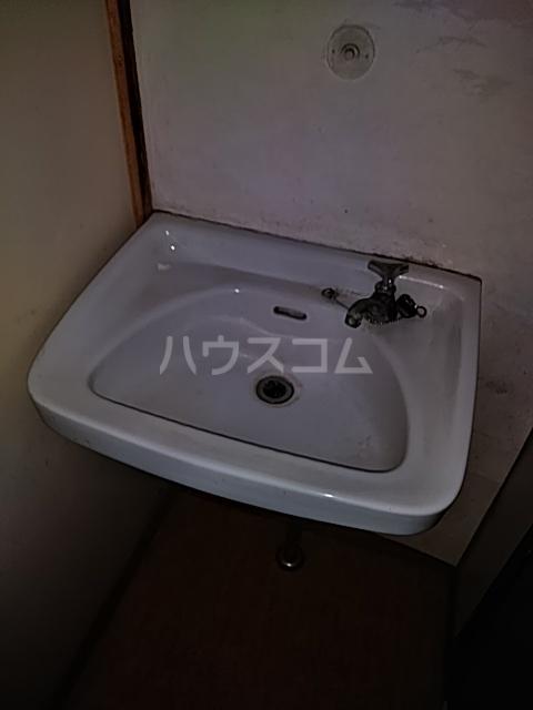 岡本荘 202号室の洗面所