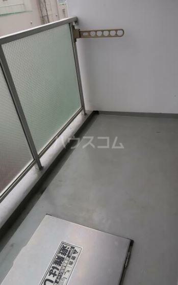 リベルジェ尾久駅前 702号室のバルコニー