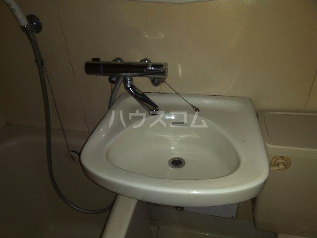 ライオンズマンション大塚第2 602号室の洗面所