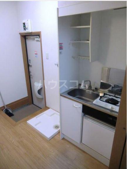 ハピネス 102号室のキッチン