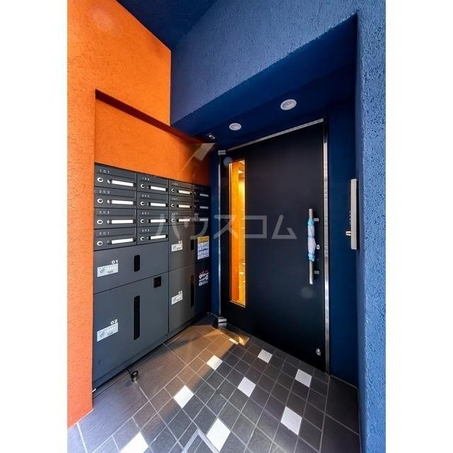 ウェルスクエアイズム巣鴨 302号室のロビー
