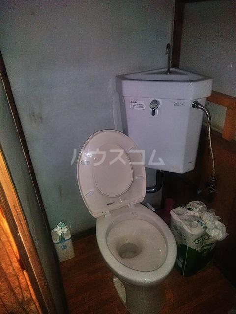 第一高野荘 103号室のトイレ