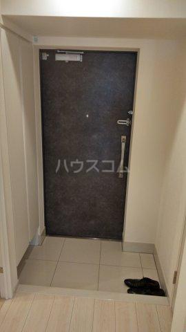 エルスタンザ王子神谷 1001号室の玄関