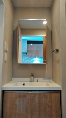パークアクシス大塚ステーションゲートタワ 1706号室の洗面所
