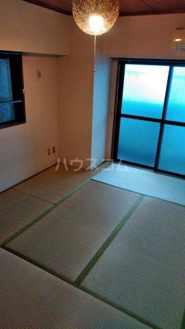 モンターニュ駒込 201号室の居室