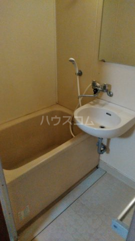 モンターニュ駒込 201号室の風呂