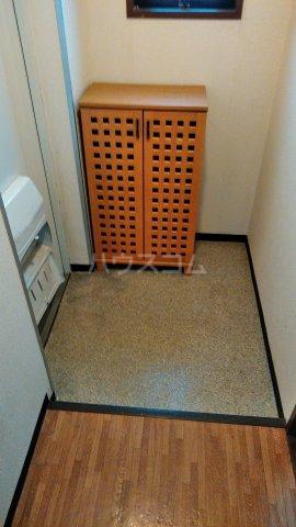 モンターニュ駒込 201号室の玄関