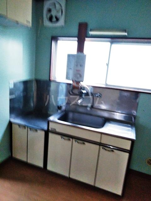 多ヶ谷マンション 302号室のキッチン