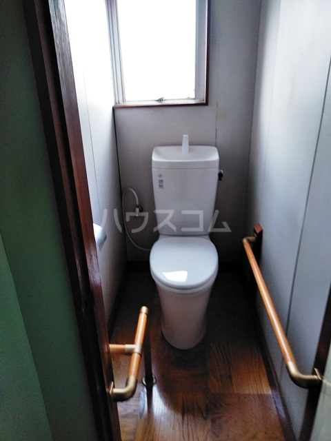 多ヶ谷マンション 302号室のトイレ