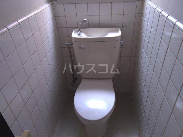 櫻井マンション 303号室のトイレ