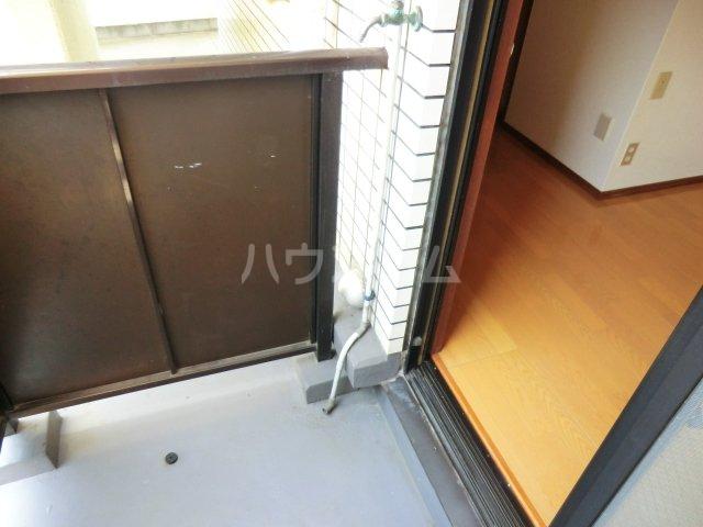 T・Oビル55 201号室のバルコニー