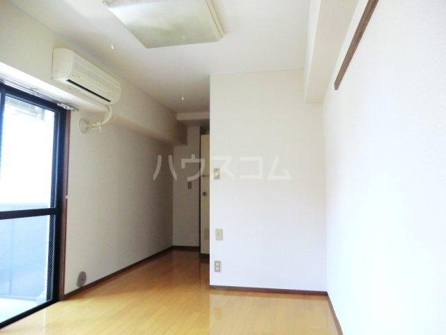 T・Oビル55 201号室の居室