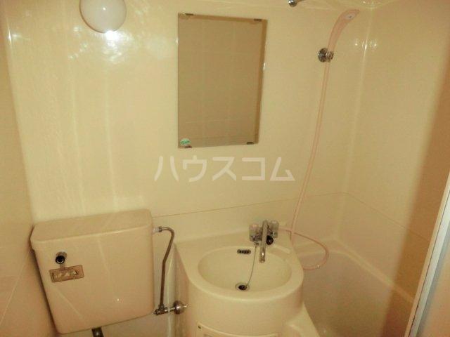 T・Oビル55 201号室の洗面所