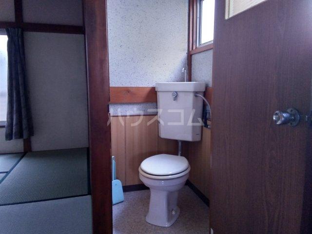みと荘 202号室のトイレ