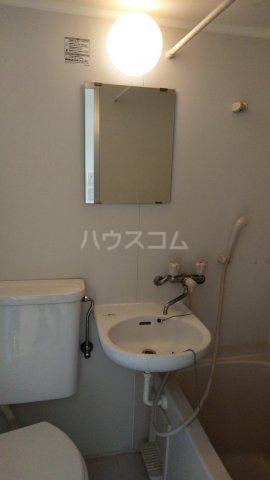 アムール駒込 205号室の洗面所