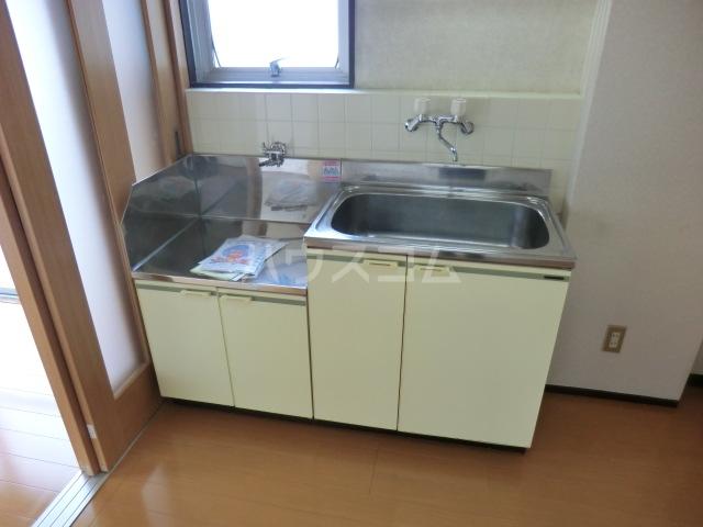 小林会館 405号室のキッチン