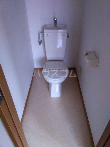 ベル・ハピネス 302号室のトイレ