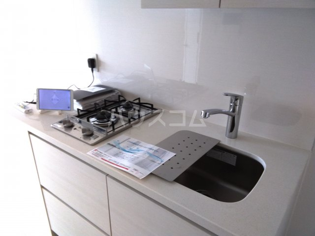 ザ・パークハビオ巣鴨 908号室のキッチン