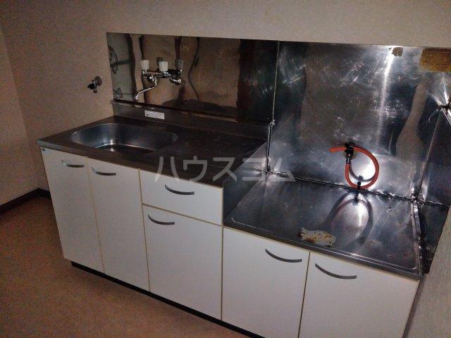 サンハイツ 202号室のキッチン