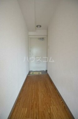 シェモア武蔵 501号室の玄関