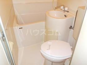 シャングリラ 206号室のトイレ