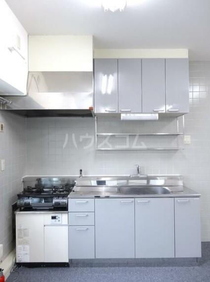 寿康ハイム 3-H号室のキッチン