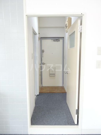 寿康ハイム 3-H号室の玄関