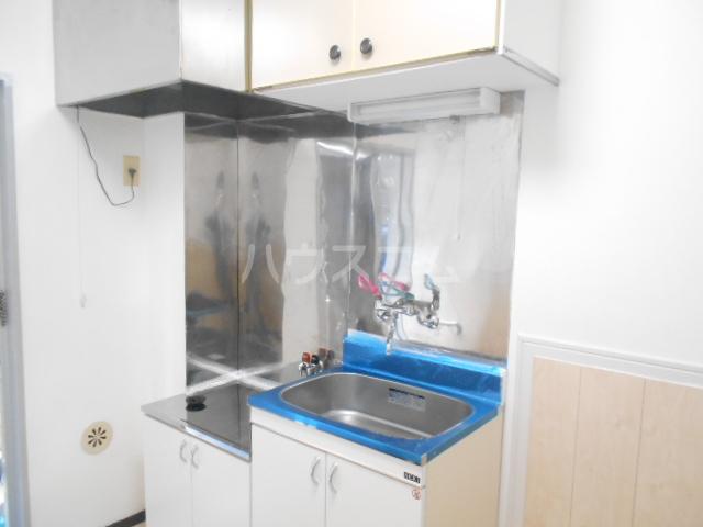 サンブライト福寿 101号室のキッチン