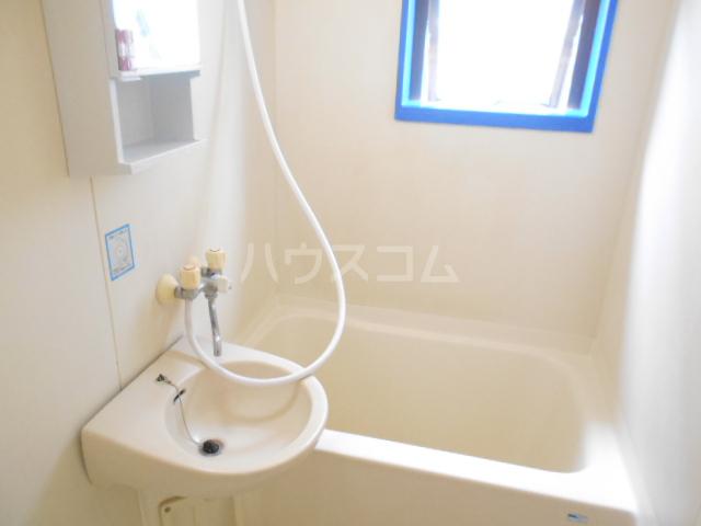 サンブライト福寿 101号室の風呂