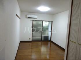 ラフォーレ高井戸2 202号室の居室