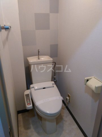 ライオンズステーションプラザ大塚 7F号室のトイレ
