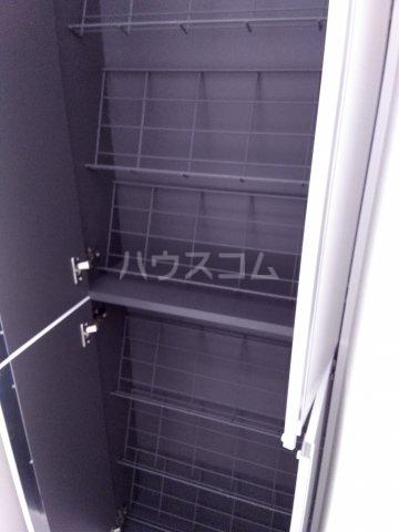赤羽terrace 203号室の収納
