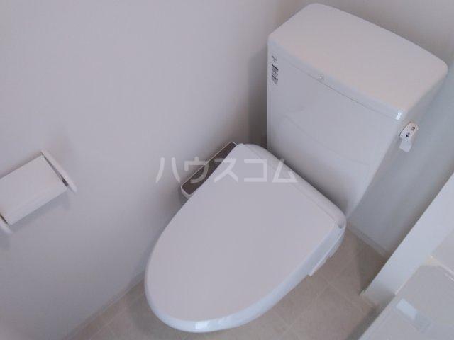 赤羽terrace 203号室のトイレ