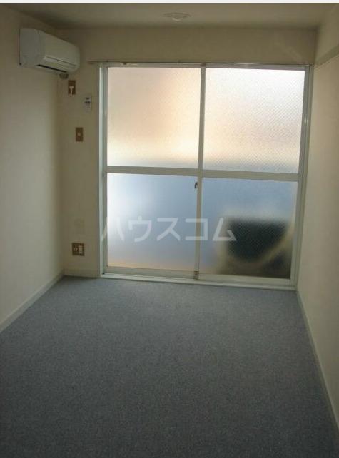 セドルハイム沼袋Ⅱ 205号室のリビング