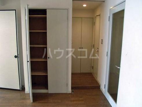 ロイヤル銀喜マンション 403号室の収納