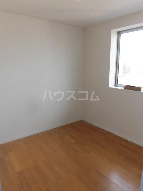 コーポ千代荘 E号室の居室