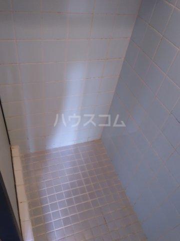 コーポ千代荘 E号室の玄関