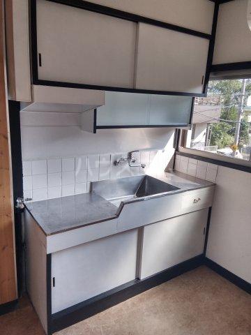 コーポ千代荘 E号室のキッチン