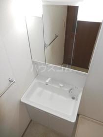 エクセレント竹下 302号室の洗面所