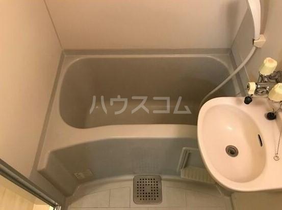 CASA梨歌 1号室の風呂