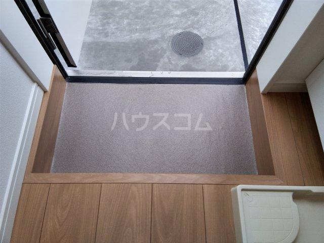 ハーモニー王子 ザ・レジデンス 103号室の玄関